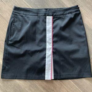 Greg Norman Black w White/Pink Stripe Skort Sz 8